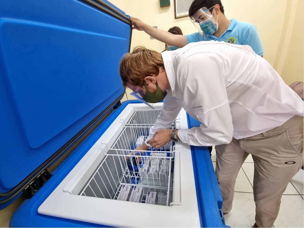 installing Wireless Tunnel sensor in COVID-19 Refrigerator